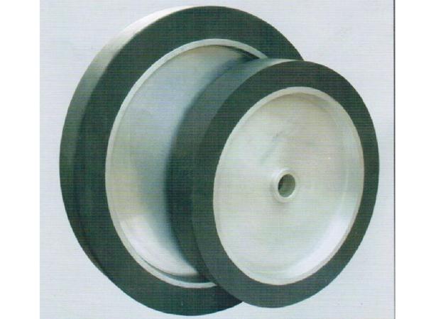 铝芯橡胶轮(已做动平衡)